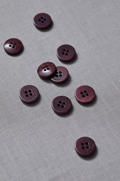 Plain Corozo Button 15 mm - Maroon